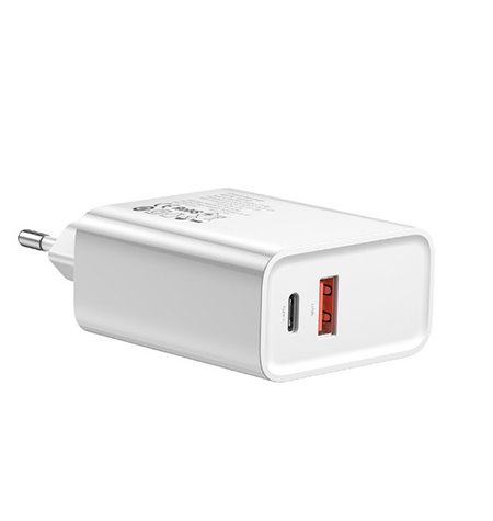 Telefoni ja tahvelarvuti laadija: 1xUSB-C 3A Quick Charge + 1xUSB 3A Quick Charge